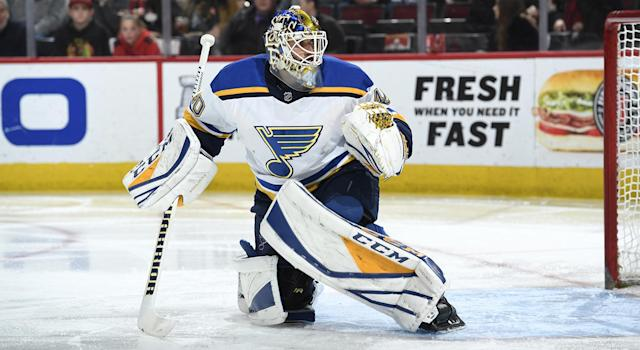 """<a class=""""link rapid-noclick-resp"""" href=""""/nhl/players/4850/"""" data-ylk=""""slk:Carter Hutton"""">Carter Hutton</a> hasn't been """"The Guy"""" yet in his career. (Photo by Bill Smith/NHLI via Getty Images)"""