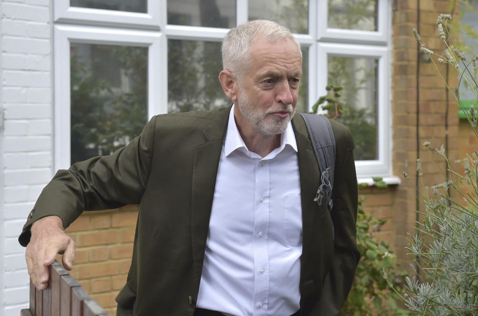 <em>A poll has found 4 in 10 British Jews would consider emigrating if Jeremy Corbyn became Prime Minister (PA)</em>