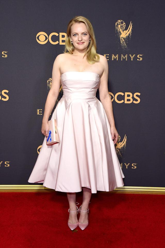 <p>Moss was both an Emmy winner and a best-dressed recipient in a pale pink dress with a tea-length hemline from Prabal Gurung. (Photo: Getty Images) </p>