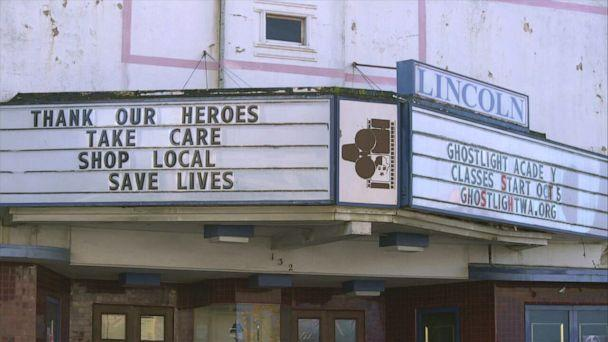 PHOTO: Sign in Port Angeles, Washington reads 'Thank our Heroes.' (ABC News)