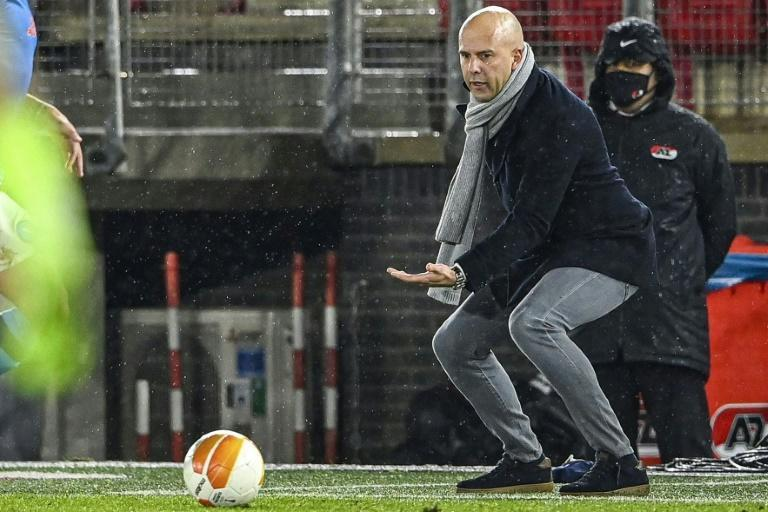 Coach Arne Slot steered Alkmaar to a 1-1 draw with Napoli which puts the Dutch team in position to advance
