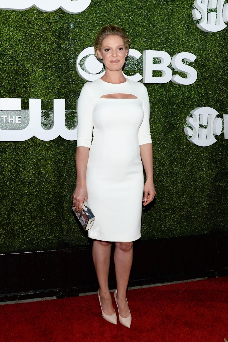 <p>Katherine Heigl proved that a skin-tight and clean-cut dress will work wonders when pregnant. Don't worry: bodycon's not over for you just yet. <i>[Photo: Getty]</i> </p>