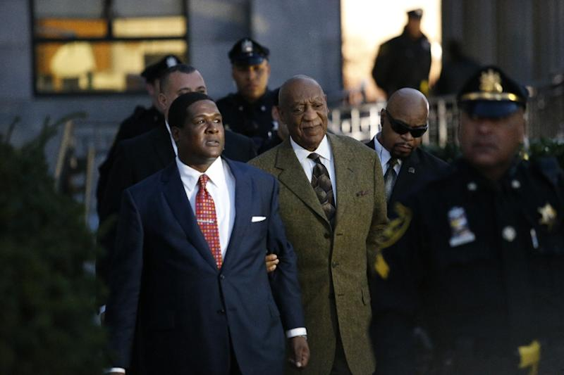 US comedian Bill Cosby leaves the Montgomery County courthouse in Norristown, Pennsylvania on February 2 , 2016 (AFP Photo/Kena Betancur)