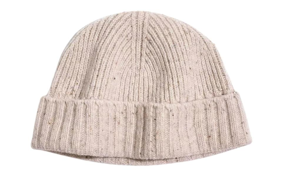 """$35, Madewell. <a href=""""https://www.madewell.com/fitted-beanie-AC405.html?dwvar_AC405_color=NA6710&cgid=men-sale#start=109"""" rel=""""nofollow noopener"""" target=""""_blank"""" data-ylk=""""slk:Get it now!"""" class=""""link rapid-noclick-resp"""">Get it now!</a>"""