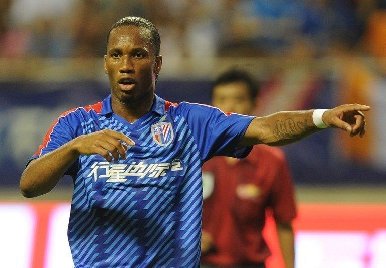 Didier Drogba playing for Shanghai Shenhua FC in their game against Hangzhou Greentown on August 4, 2012