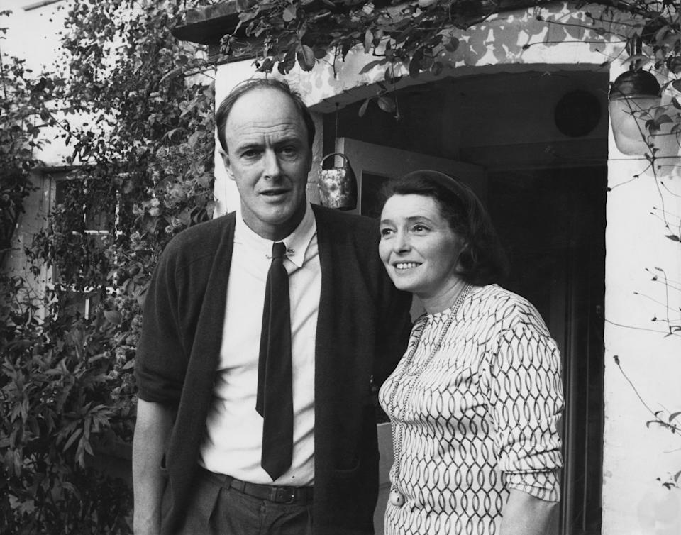 Roald Dahl and Patricia Neal in 1968. (Photo by David Farrell/Getty Images)