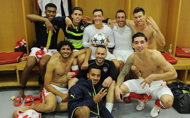 <span>Arsenal have never been shy to indulge in celebratory photos</span>