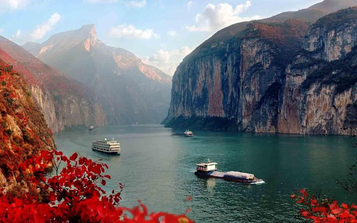Spend your holiday floating along the Yangtze - GETTY