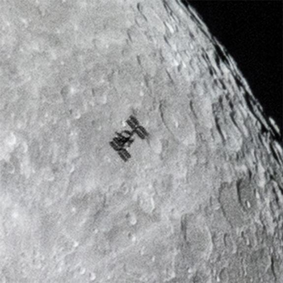 O'Donnell posted this close-up of the shot on his website to show the ISS's modules and solar arrays in greater detail.