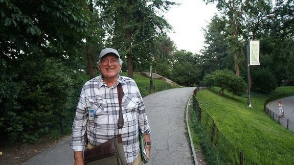 Sidney Horenstein, a geologist and environment educator emeritus at the American Museum of Natural History, gives walking tours in New York.