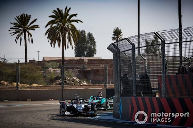 "Nico Müller, Dragon Racing, Penske EV-4, Mitch Evans, Jaguar Racing, Jaguar I-Type 4 <span class=""copyright"">Sam Bloxham / Motorsport Images</span>"