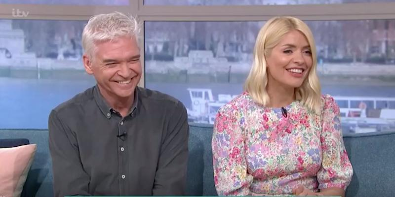 Phillip Schofield andHolly Willoughby grill the prime minister over whether he will change nappies. (Photo: ITV)