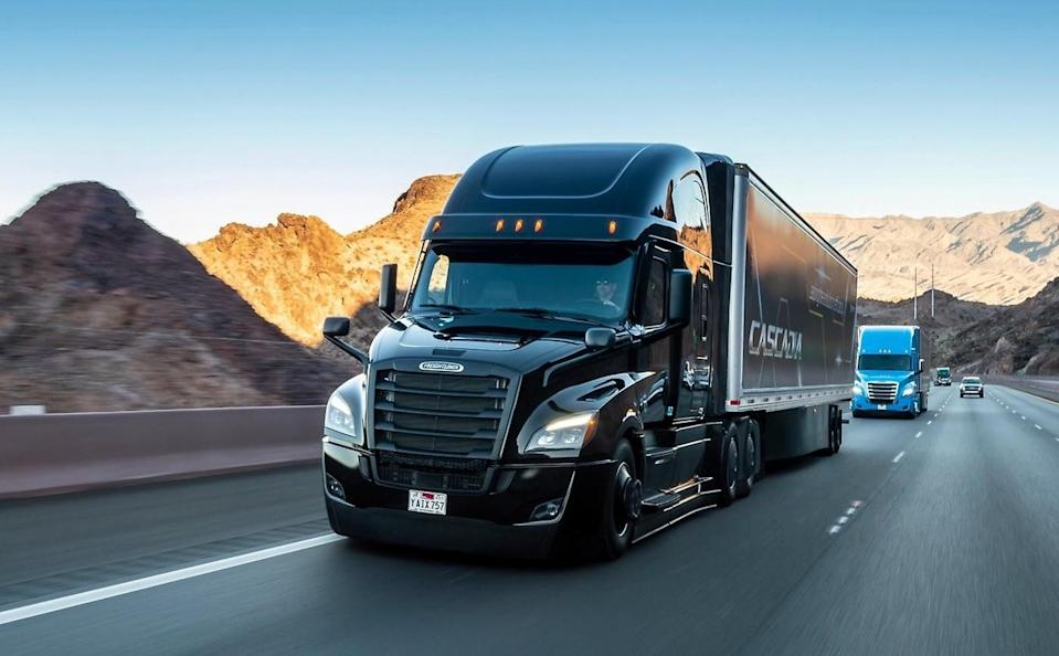 Daimler Teams Up With Waymo On Self-Driving Tractor-Trailer Trucks