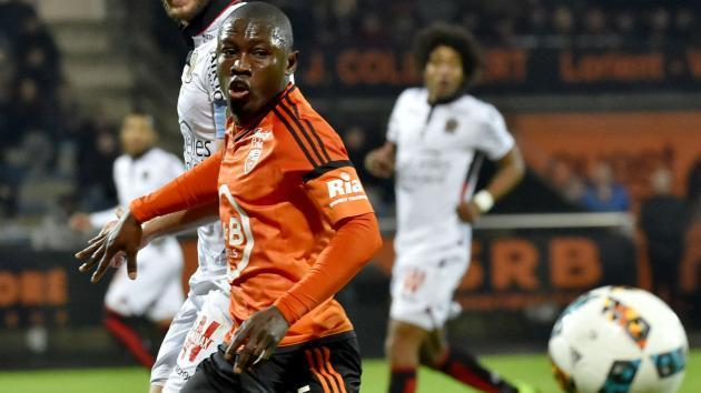 <p>FC Lorient announce two offers for Majeed Waris</p>