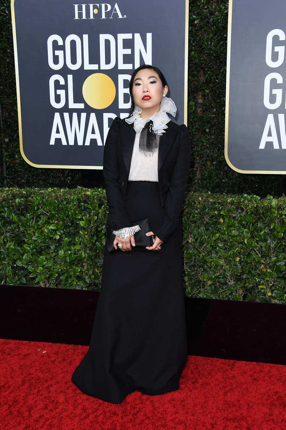 "<h1 class=""title"">Awkwafina in Dior Haute Couture, Forevermark jewelry, and Stuart Weitzman shoes with a Jimmy Choo clutch</h1><cite class=""credit"">Photo: Getty Images</cite>"