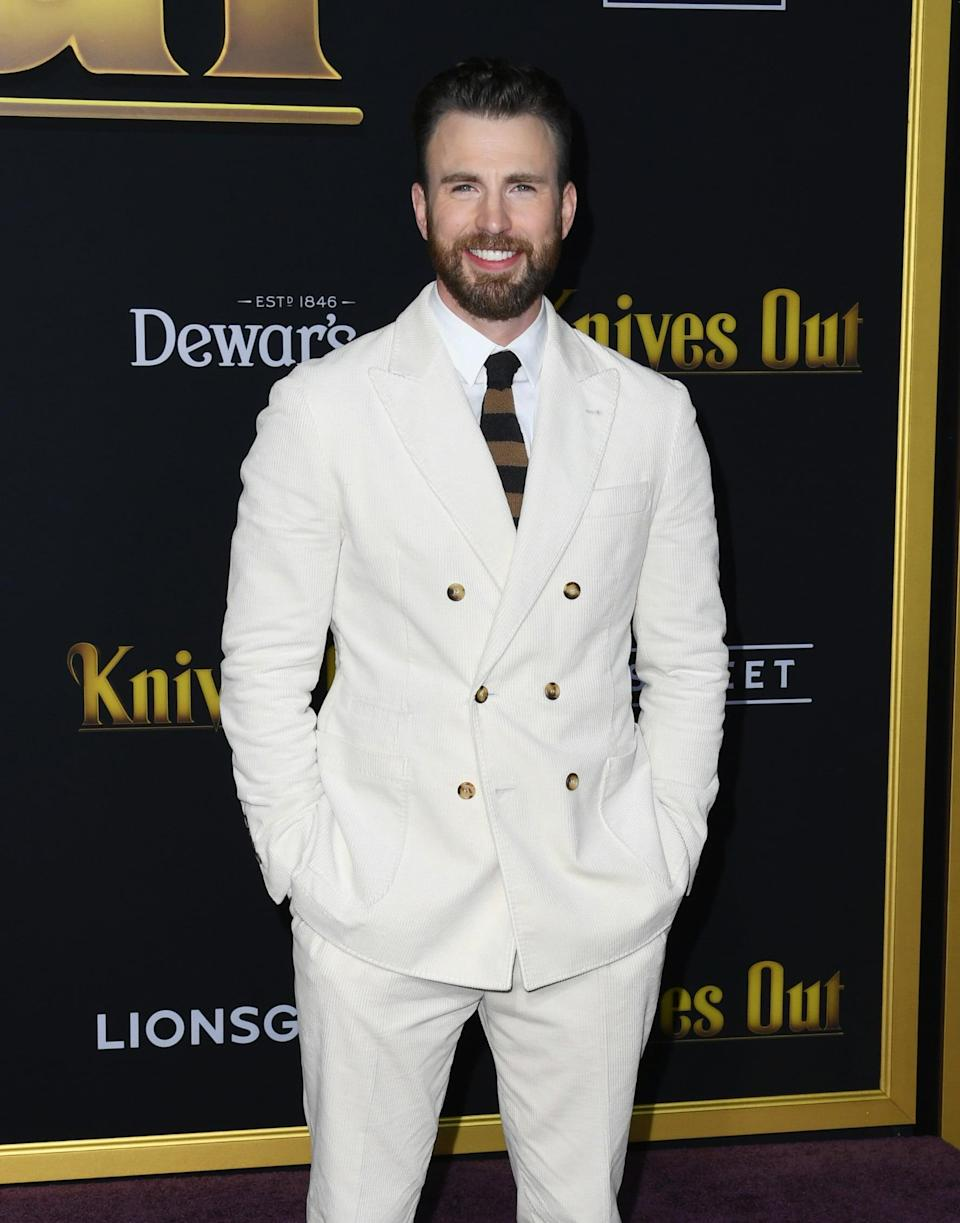 """<p>In 2015, <a href=""""https://www.popsugar.com/celebrity/Chris-Evans-Lily-Collins-Reportedly-Dating-37083491"""" class=""""link rapid-noclick-resp"""" rel=""""nofollow noopener"""" target=""""_blank"""" data-ylk=""""slk:Lily met Chris Evans at the Vanity Fair Oscars party"""">Lily met Chris Evans at the <strong>Vanity Fair</strong> Oscars party</a>. The two went on <a href=""""https://www.popsugar.com/celebrity/Chris-Evans-Lily-Collins-Dating-Pictures-37139353"""" class=""""link rapid-noclick-resp"""" rel=""""nofollow noopener"""" target=""""_blank"""" data-ylk=""""slk:plenty of dates,"""">plenty of dates,</a> but their fling lasted for less than a year.</p>"""