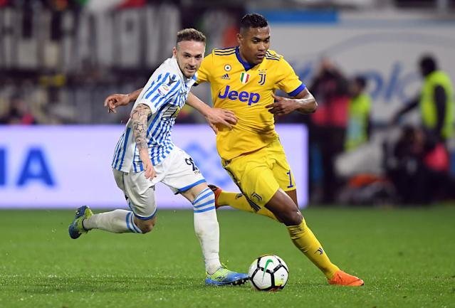 Soccer Football - Serie A - SPAL vs Juventus - Paolo Mazza, Ferrara, Italy - March 17, 2018 Juventus' Alex Sandro in action with Spal's Manuel Lazzari REUTERS/Alberto Lingria
