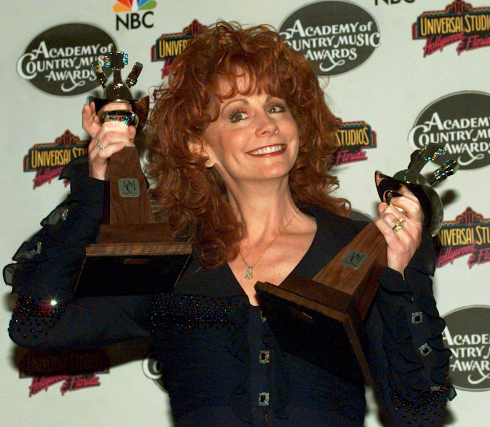 <p>A woman wouldn't win again for nearly 15 years as Alabama, Hank Williams Jr. and Garth Brooks dominated the '80s and early '90s. In a poignant speech, Oklahoma native McEntire dedicated her 1995 award to the families of victims of the Oklahoma City Bombings, which had happened just weeks prior. </p>