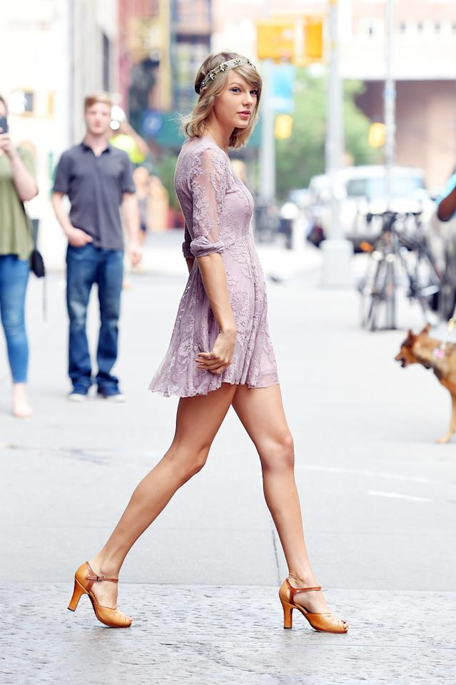 <p>The <i>Bad Blood</i>singer was seen leaving her Tribeca loft in a lavender lace Free People dress and a pair of classic Arika Nerguiz mary jane heels. Photo: Getty Images</p>