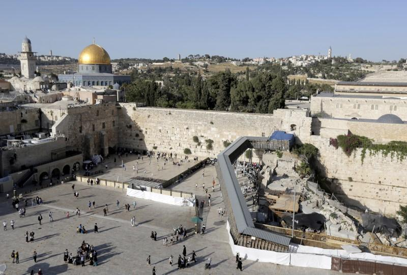 FILE PHOTO: A footbridge leads from the Western Wall to the compound known to Muslims as the Noble Sanctuary and to Jews as Temple Mount, in Jerusalem's Old City