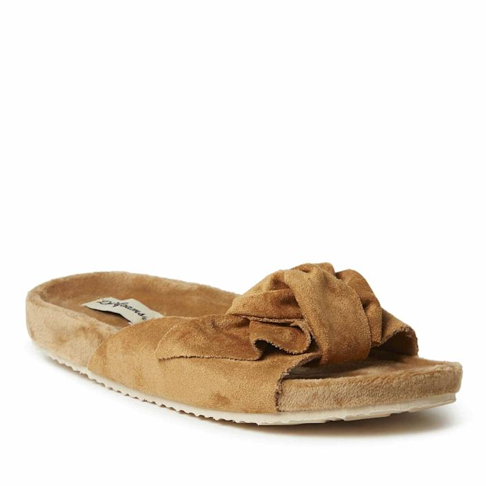 <p>You'll hardly know the difference between this <span>Dearfoams Megan Microsuede Knot Molded Footbed Sandal</span> ($42) and the brand's house slipper. The fact that it's machine washable is an added bonus. </p>
