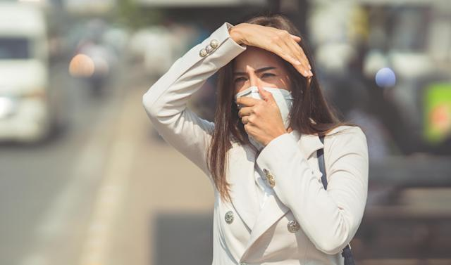 """Microscopic particles released in vehicle emissions may get """"lodged"""" in our lungs. [Photo: Getty]"""