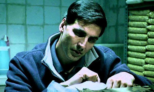 <p>Akshay Kumar has built his career through many action and comedy movies, but nowadays he is more into socially conscious movies like the upcoming Toilet – Ek Prem Katha. But the movie where the actor cried his heart the most was in the underrated Patiala House. As he played a man who has to sacrifice his cricketing ambitions for his father, the movie gave him plenty of opportunities to shed those manly tears. However, people rather wanted him to display that goofy smile of his, as the movie turned out to be a debacle. </p>