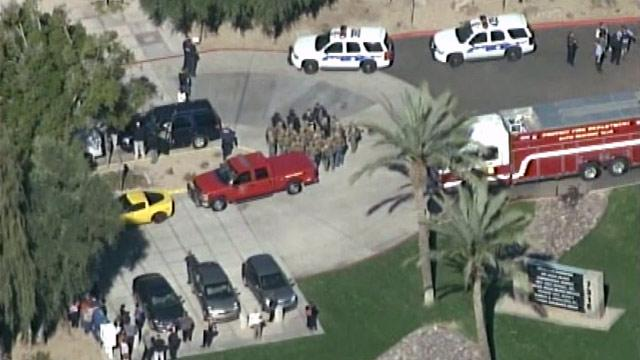Phoenix Gunman Shoots 3 at Office (ABC News)