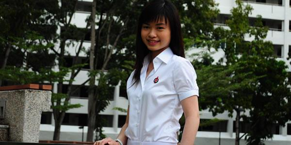 Marine Parade's Tin Pei Ling becomes the youngest MP at 27. (Yahoo! photo)