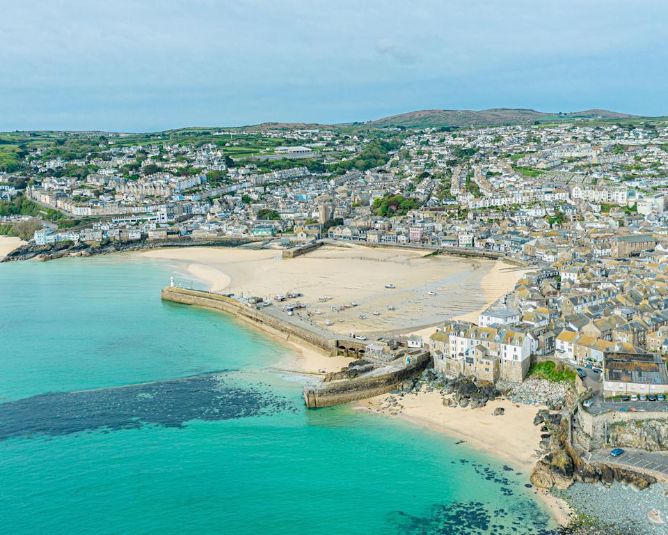 St Ives where the G7 summit is taking. Looking at the town and harbour place and seeing the Cornish coast