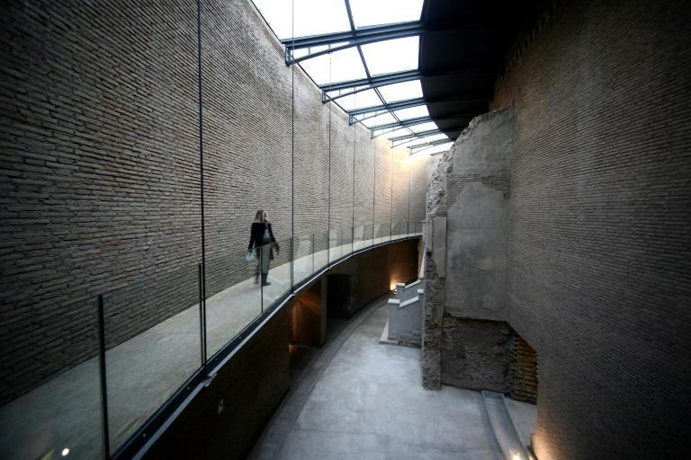 The mausoleum was built on the banks of the River Tiber between 28 and 23 BC
