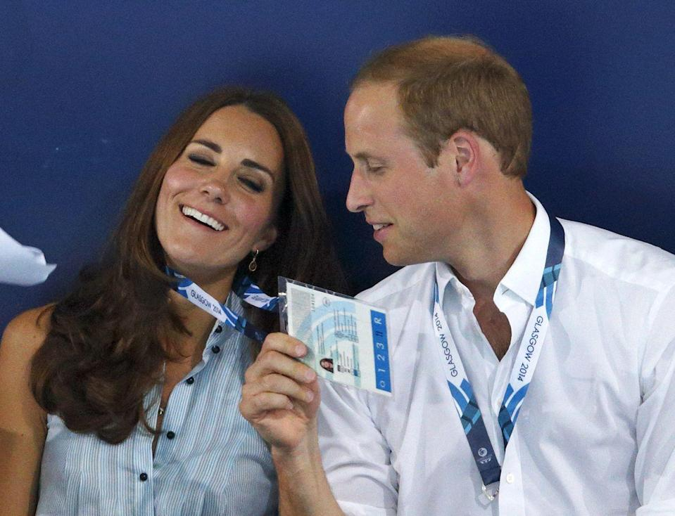 <p>It looks like it was a bit steamy during the 20th Commonwealth Games in Scotland, but thankfully, Kate had a blissful antidote as William fanned her with her pass. Talk about being treated like a princess ... err duchess.<br></p>