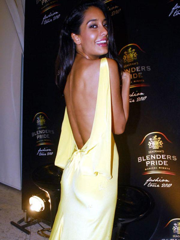 <p><strong>Images via : <a href='http://idiva.com'>iDiva.com</a></strong></p><p>The sexy model-turned-actress Lisa Haydon looks smashing in this pale yellow backless outfit. Her dusky skin complements the colour of her ensemble.</p><p><strong>Related Articles - </strong></p><p><a href='http://idiva.com/photogallery-style-beauty/celeb-trend-sexy-net-saris/17672' target='_blank'>Celeb Trend: Sexy Net Saris</a></p><p><a href='http://idiva.com/news-style-beauty/vote-hottest-celebrity-in-lace/14766' target='_blank'>Vote: Hottest Celebrity in Lace!</a></p>
