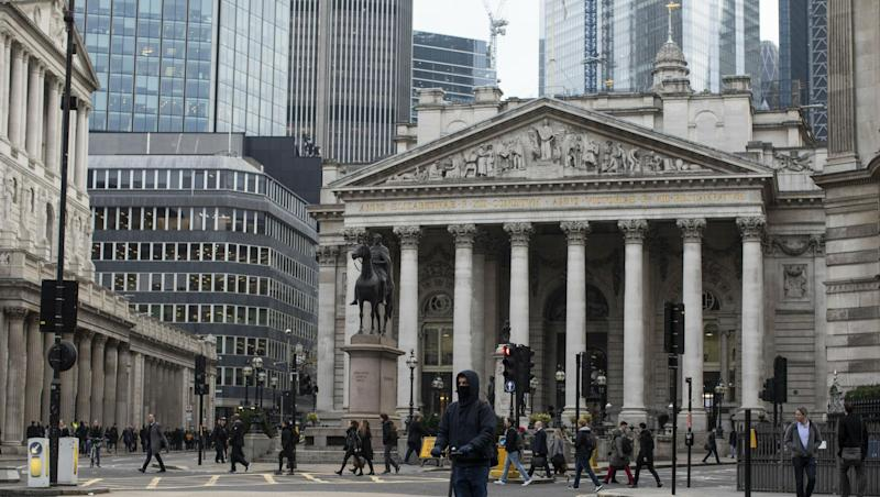 Bank of England 325th Anniversary: World's Second Oldest Bank to Exhibit Banknotes, Cold War Nuclear Radiation Calculator Among Other Historic Objects