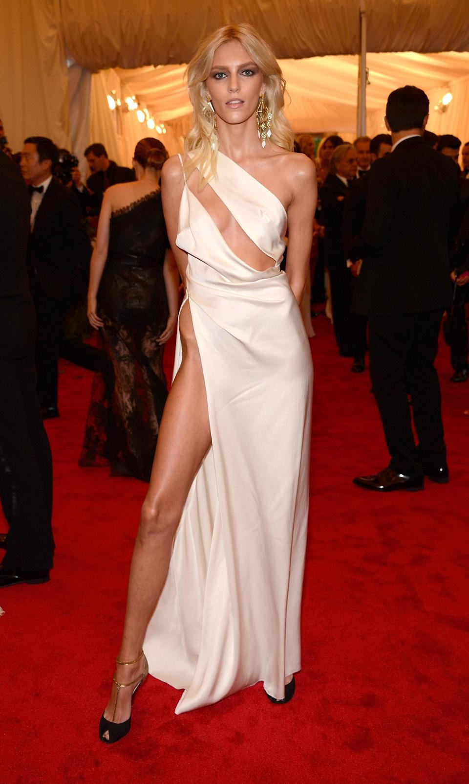 """<h1 class=""""title"""">Anja Rubik in Antony Vaccarello, 2012</h1><cite class=""""credit"""">Photo: Getty Images</cite>"""