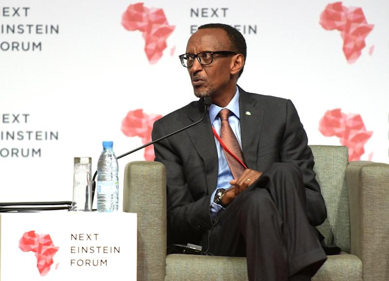 Rwandan President Paul Kagame gives a press conference in Dakar, on March 8, 2016 (AFP Photo/Seyllou)