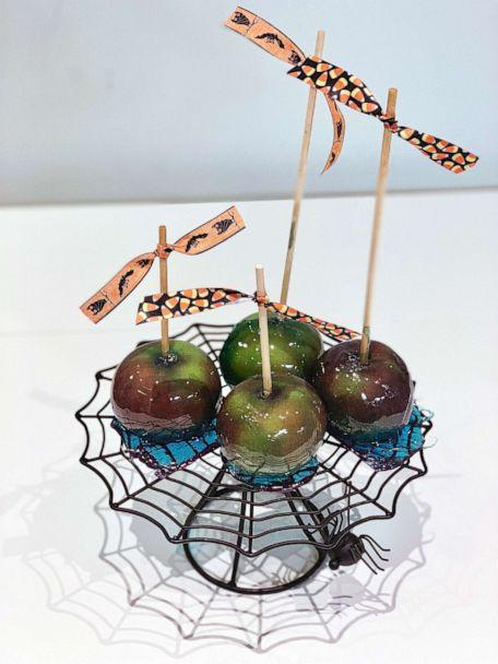 PHOTO: I made Pinterest's top 10 Halloween recipes of 2019, which included poison apples. (ABC News)