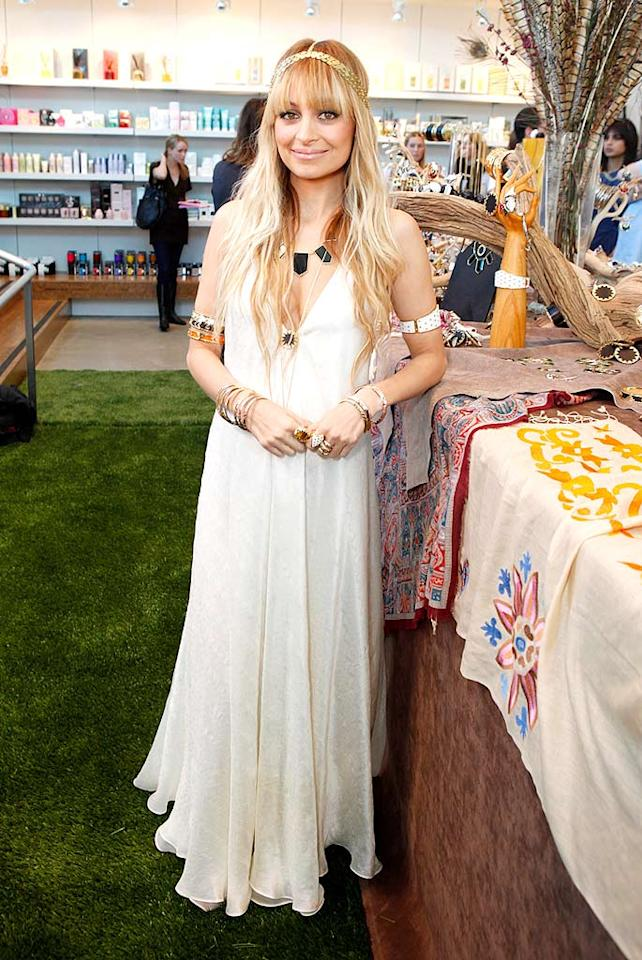 "Earth Mother Nicole Richie epitomizes hippie chic. Jeff Vespa/<a href=""http://www.wireimage.com"" target=""new"">WireImage.com</a> - March 7, 2009"