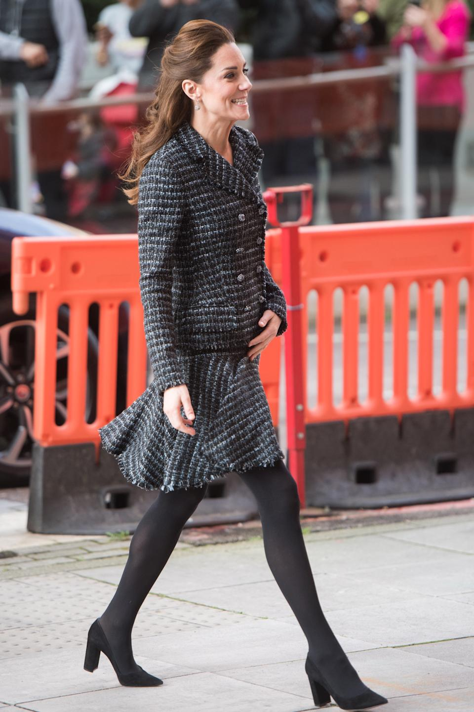 LONDON, ENGLAND - JANUARY 28: Catherine, Duchess of Cambridge joins a workshop run by the National Portrait Gallery's Hospital Programme at Evelina Children's Hospital on January 28, 2020 in London, England. HRH is Patron of Evelina London Children's Hospital and Patron of the National Portrait Gallery. (Photo by Samir Hussein/WireImage)