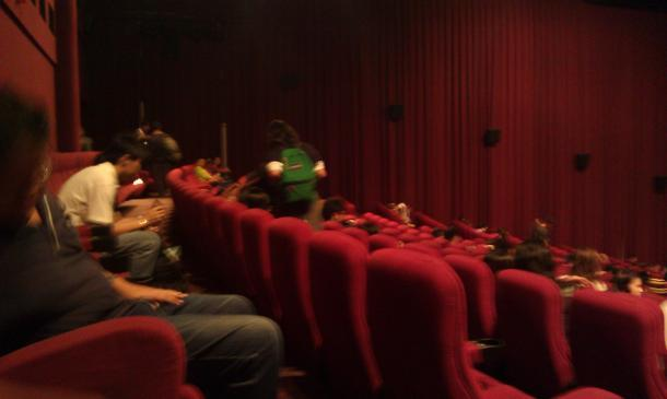 People are pouring into GVMax, Vivocity's largest theatre. (Yahoo! photo/Jeanette Tan)