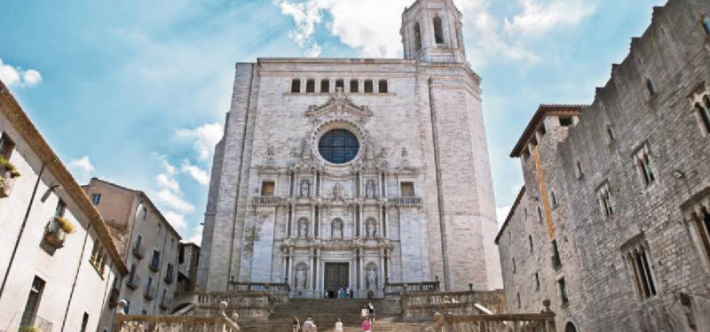 Girona, in Catalonia, northern Spain, famous for its medieval city, is one of the best-preserved cities in the whole country. That would explain why an essential part of the sixth season of Game of Thrones was filmed. (PHOTO: Sistic)
