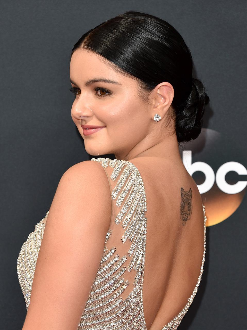 <p><b>Ariel Winter</b></p><p>The <i>Modern Family</i> star was ready to shine all night with this tight bun. (Photo: Getty Images)<br></p>