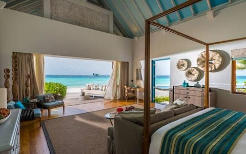 four seasons resort at landaa giraavaru, maldives