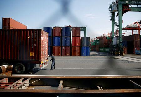Economic Buzz: Japan Posts Y943.417 Billion Trade Deficit In January