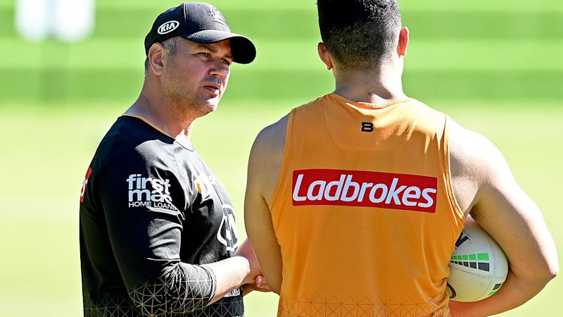 Anthony Seibold, pictured here chatting with David Fifita at a Brisbane Broncos training session.