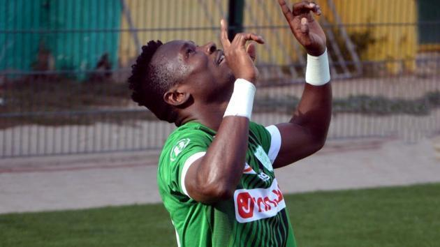 <p>Simon Msuva hits hat-trick as Difaa Al Jadida win against Benfica Bissau</p>