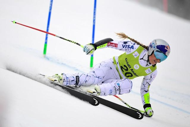 US skier Lindsey Vonn competes during the Super G race of the women's Combined competition at the FIS Alpine Skiing World Cup Women's on February 28, 2016 in El Tarter, Andorra (AFP Photo/Javier Soriano)