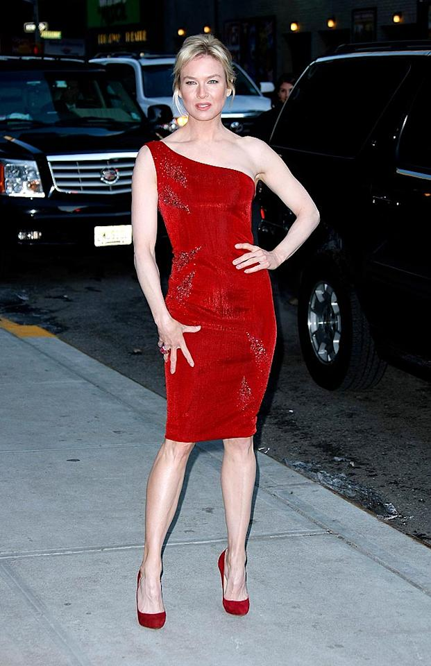 "Renee Zellweger stopped Manhattan traffic in this hot number. Jeffrey Ufberg/<a href=""http://www.wireimage.com"" target=""new"">WireImage.com</a> - January 29, 2009"