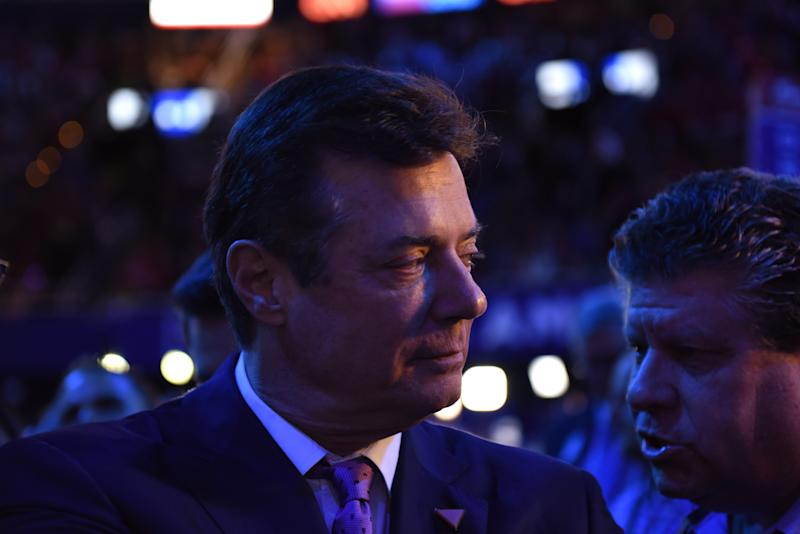 During Trump's Campaign, Paul Manafort Offered to Privately Brief a Russian Billionaire Friend of Putin's