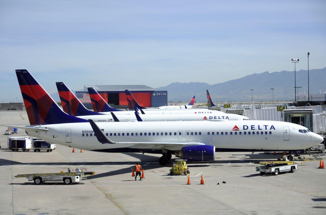 Five Injured On Delta Flight